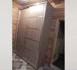Двери лдсп двумя разделителями в шкаф купе