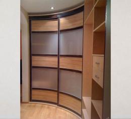 Радиусная дверь для шкафов с пластком