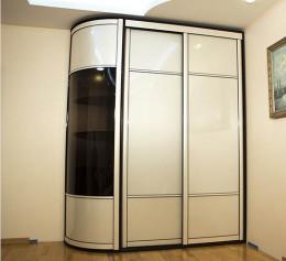 Широкие радиусные двери для шкафа купе
