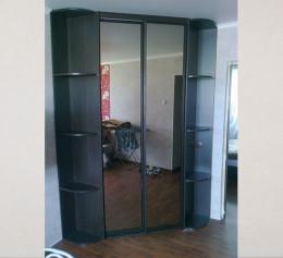Угловой шкаф купе в прихожую 2 х дверный
