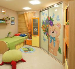 Шкаф купе в детскую комнату двухстворчатый с ящиками выдвижными