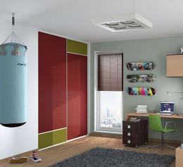 Шкаф купе в детскую комнату красных тонах