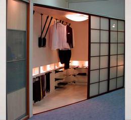 Шкаф купе с функциями гардеробной в прихожую
