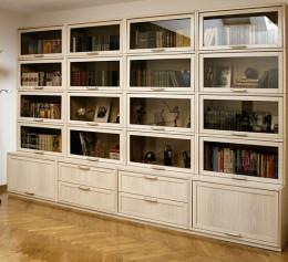 Шкаф библиотека для книг из массива