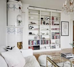 Книжный шкаф в скандинавском стиле