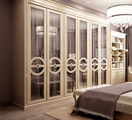 Шкаф в неоклассическом стиле