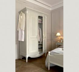 Платяные шкафы в классическом стиле