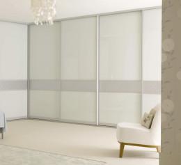 Угловые белые шкафы в гостиную