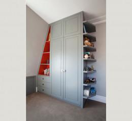 Шкафы в мансарду детские