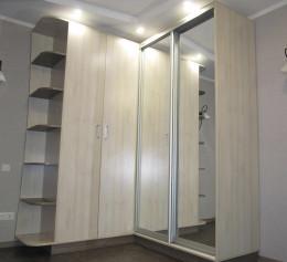 Шкафы распашные с зеркалом