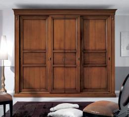 Деревянный шкаф в гостиную