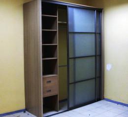 Шкафы в маленькую прихожую в коридор