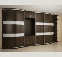 Шкаф в спальню с местом под телевизор
